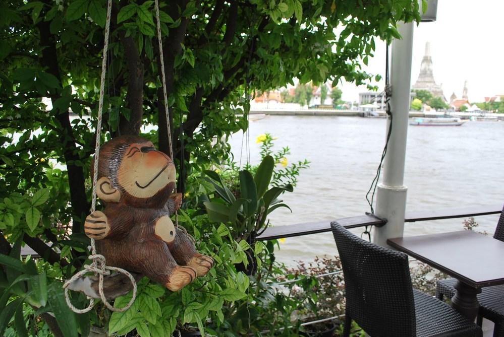 Bangkok Must See: Vivi The Coffee Place (3/6)