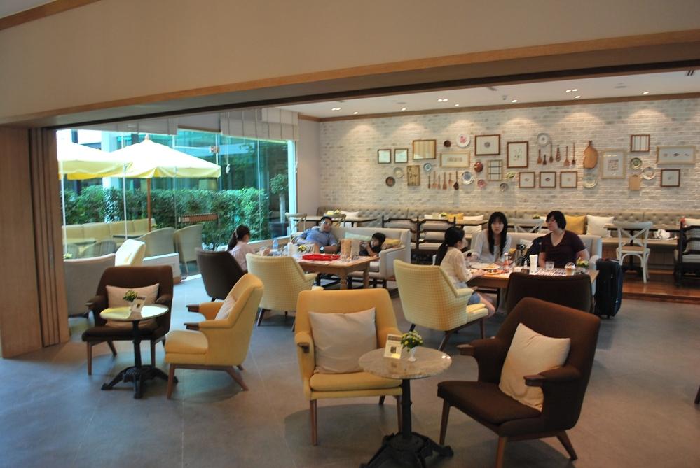 Bangkok Dining: Buttercup @ Amari Residences (3/6)
