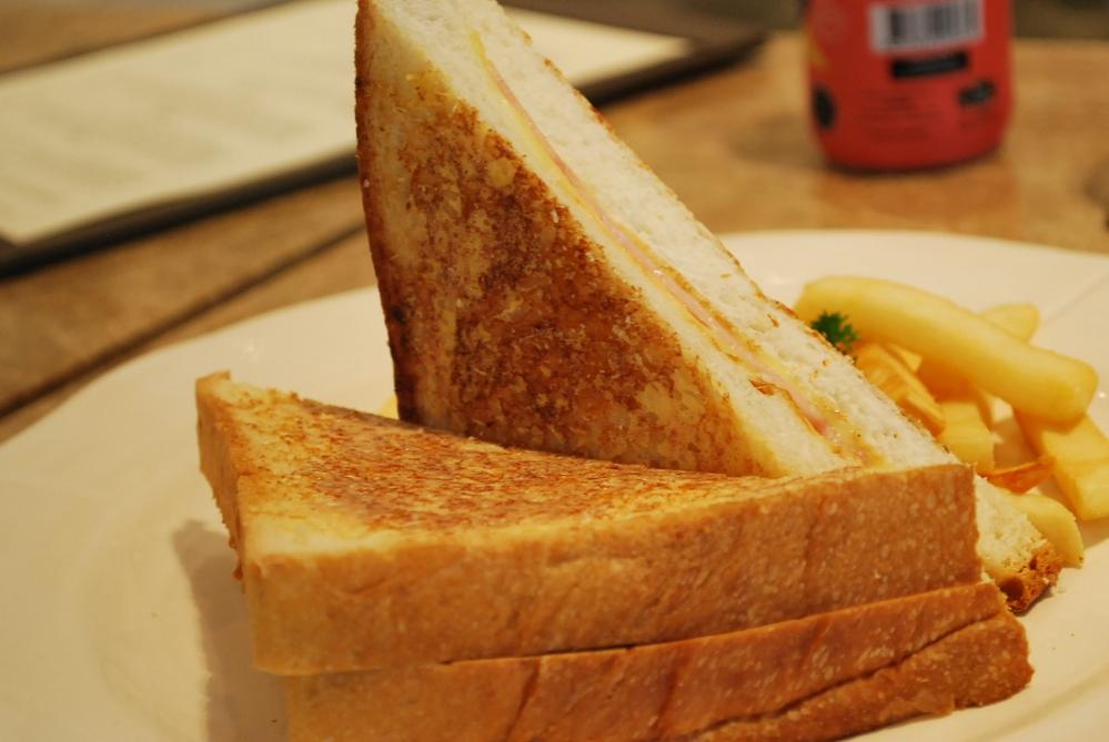 Bangkok Dining: Buttercup @ Amari Residences (4/6)